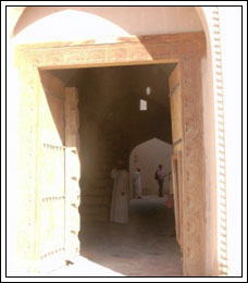 dubai_door