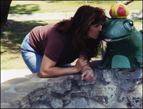 Jane-kissin-frog_225